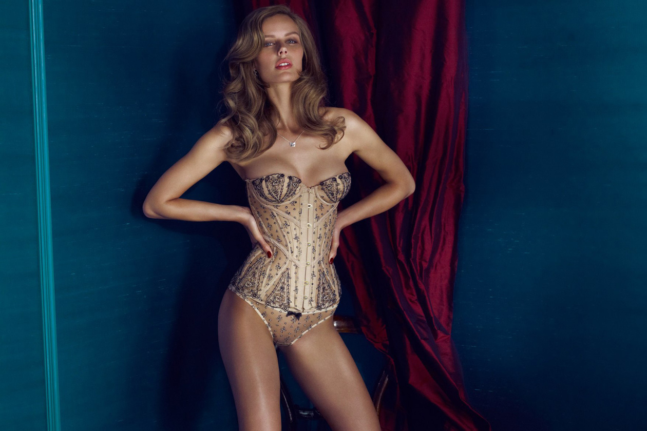 agent-provocateur-fall-winter-2013-soiree-collection-16-1260x840.jpg