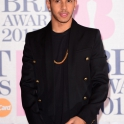 brit-awards-lewis_3212182k