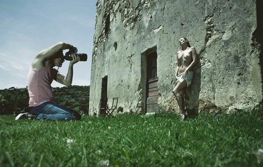 pirelli-calander-2012-preview-4