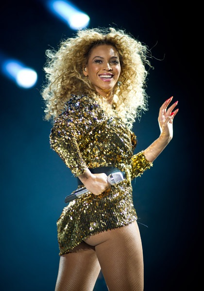 Beyonce-Glastonbury-2011-121