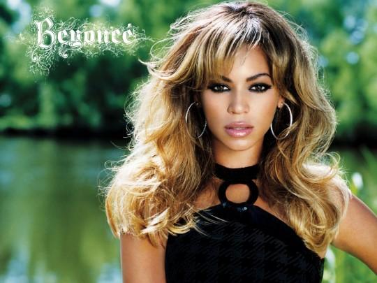 Beyonce-beyonce-230799_1024_768
