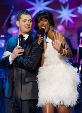 Michael Buble White Christmas.Kelly Rowland Michael Buble Featuring Naturally 7 White