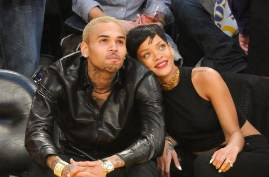 2669719-chris-brown-rihanna-lakers1-617-409