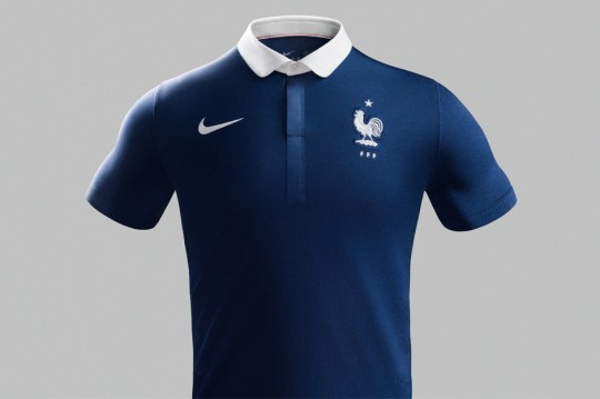 nike-designs-football-kit-for-france-02