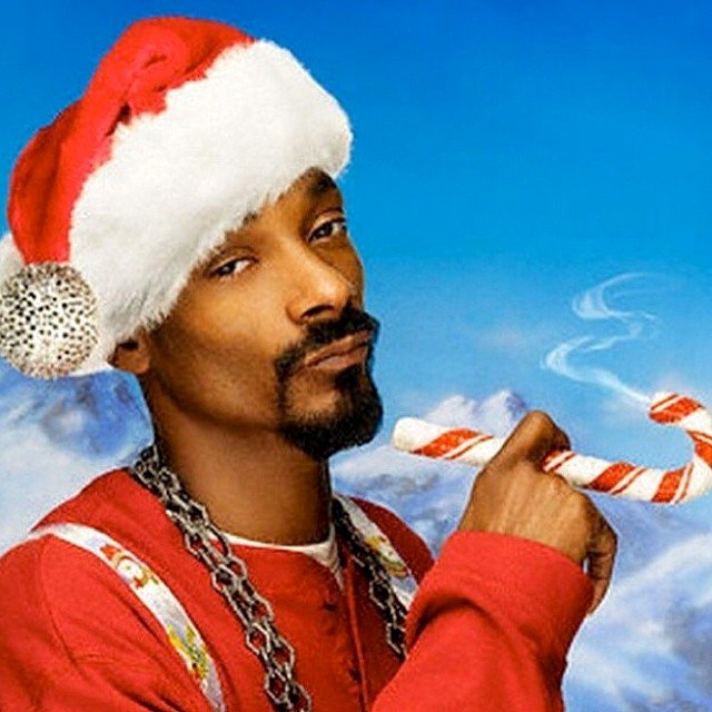 snoop-dogg-debuts-blue-xmas