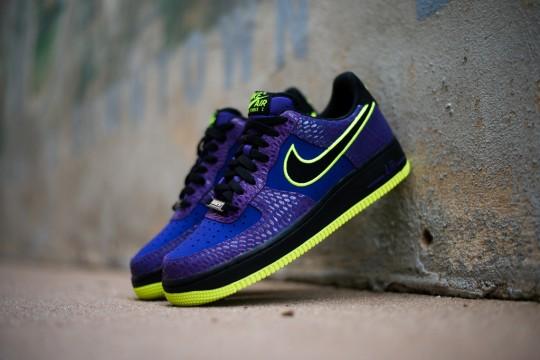 Nike_Air_Force_1_Purple_Snake_Sneaker_Politics_4_1024x1024