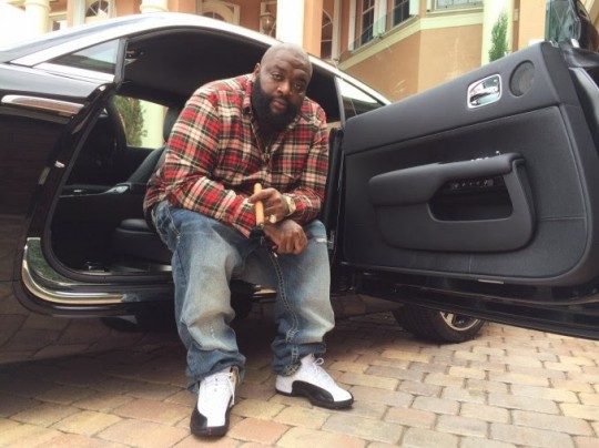 rick-ross-purchases-2014-rolls-royce-wraith-678x508 (1)