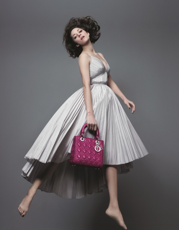 The Academy Award-winning French actress appears in a new campaign for Christian  Dior s handbag line f194dc8cdd094