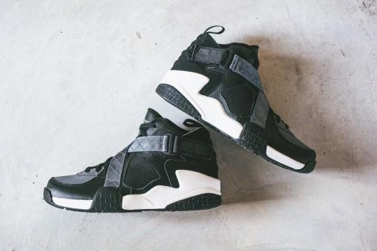 Nike_Air_Raid_OG_Sneaker_Politics_8_1024x1024