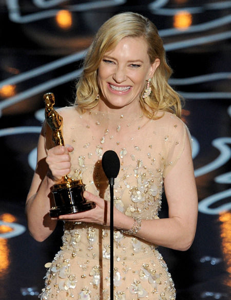 cate_blanchett_oscars_2014_winner_best_actress_blue_jasmine_19h83ba-19h83bi