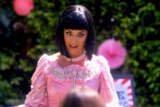 Katy-Perry-in-Birthday_article_story_large