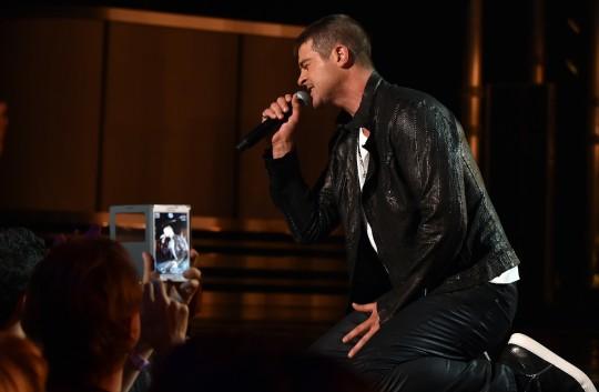 2014 Billboard Music Awards - Roaming Show