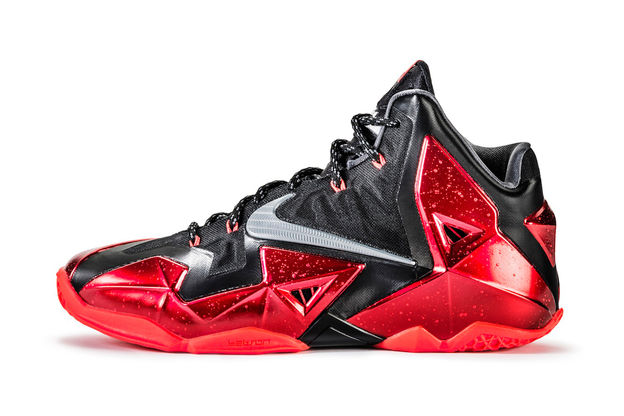 87f875d0594 a-closer-look-at-the-nike-lebron-11-